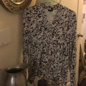Nice Talbots brand long sleeve black and white top